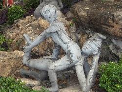 thai massage sculpture at wat pho